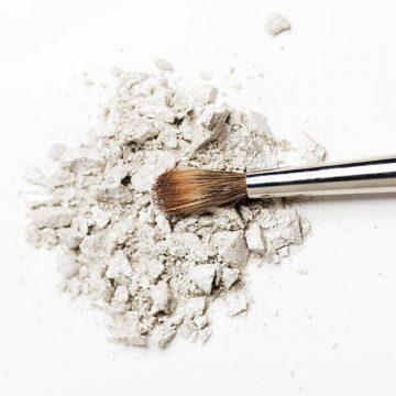 The Ultimate Makeup Brush Guide